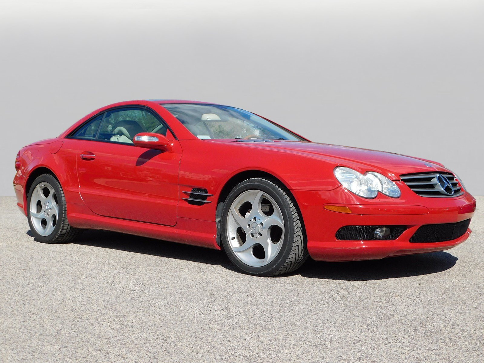 Pre-Owned 2005 Mercedes-Benz SL SL 500