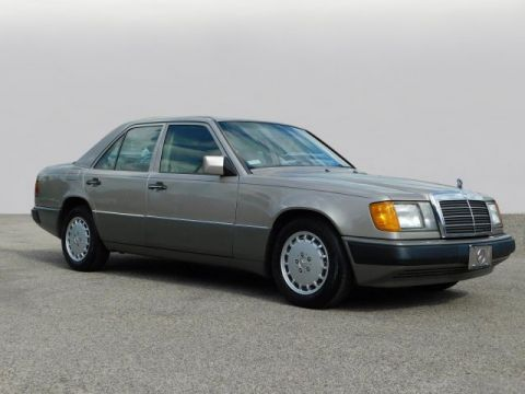 Pre-Owned 1992 Mercedes-Benz 300 Series 300E